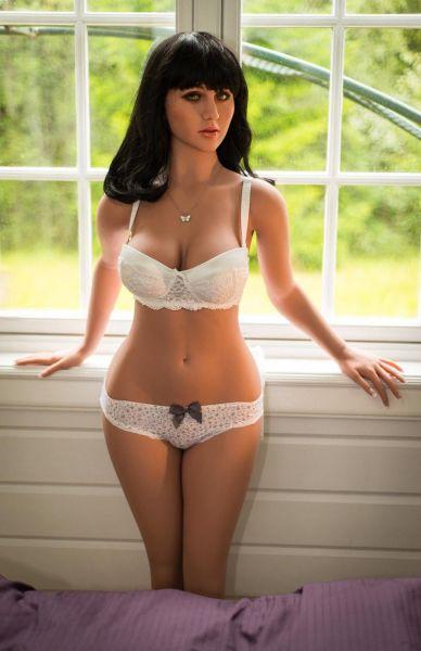 Yvonne Premium TPE sex doll