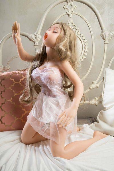 Premium Silikon sex doll Paula