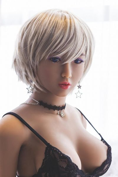 Juna Premium TPE sex doll