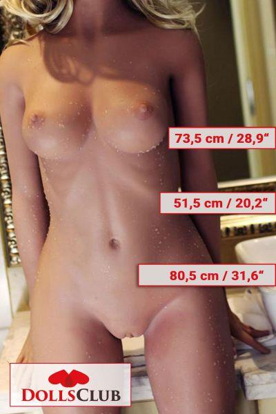 156cm / 5ft2 B-Cup